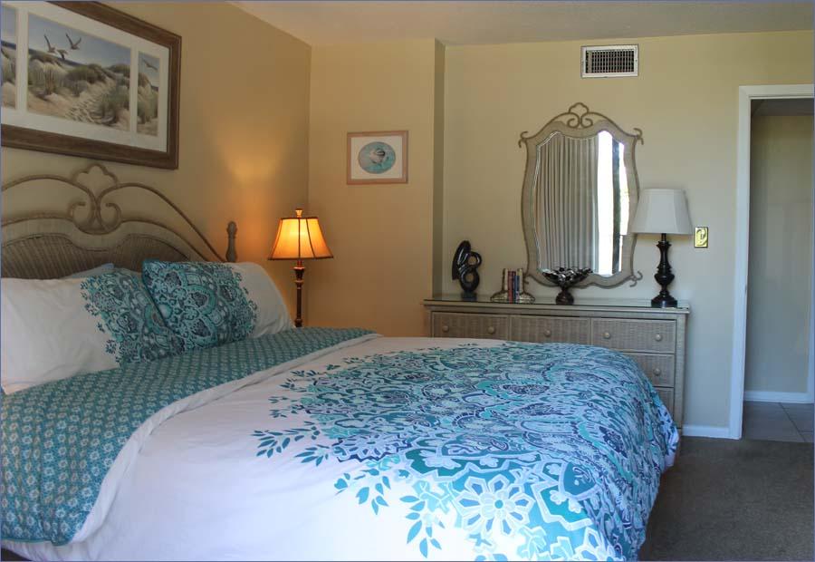 Edgewater Panama City 3 Bedroom Beach Condo Sleeps 8 10 Ground Floor T1 Deluxe 334 794 3420